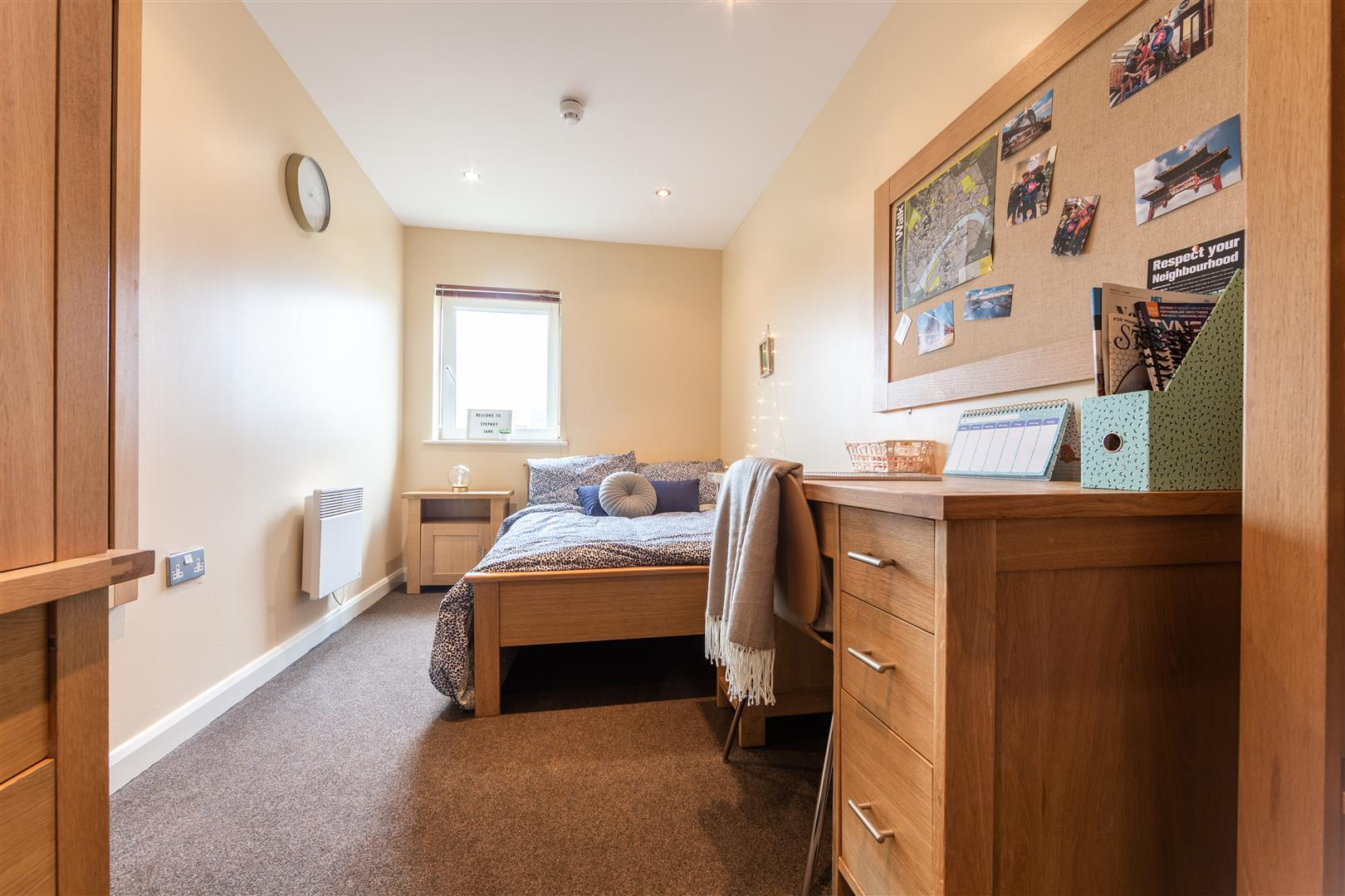 Anolha House Newcastle Upon Tyne, 6 Bedrooms  Flat - purpose built ,To Let